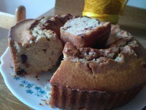 Ciambella con farina di farro e zucchero di canna senza burro