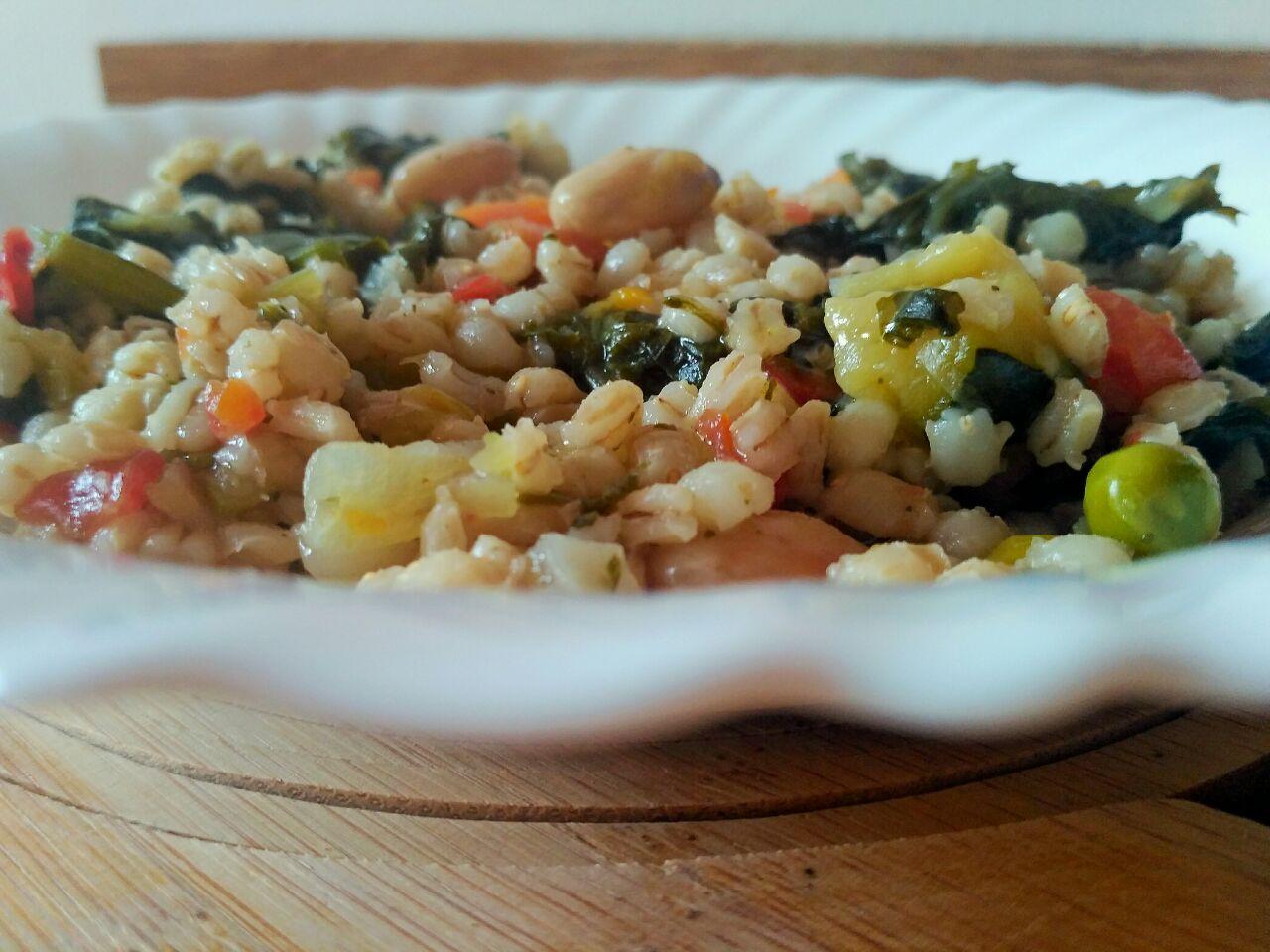 Zuppetta di orzo perlato e mix di verdure
