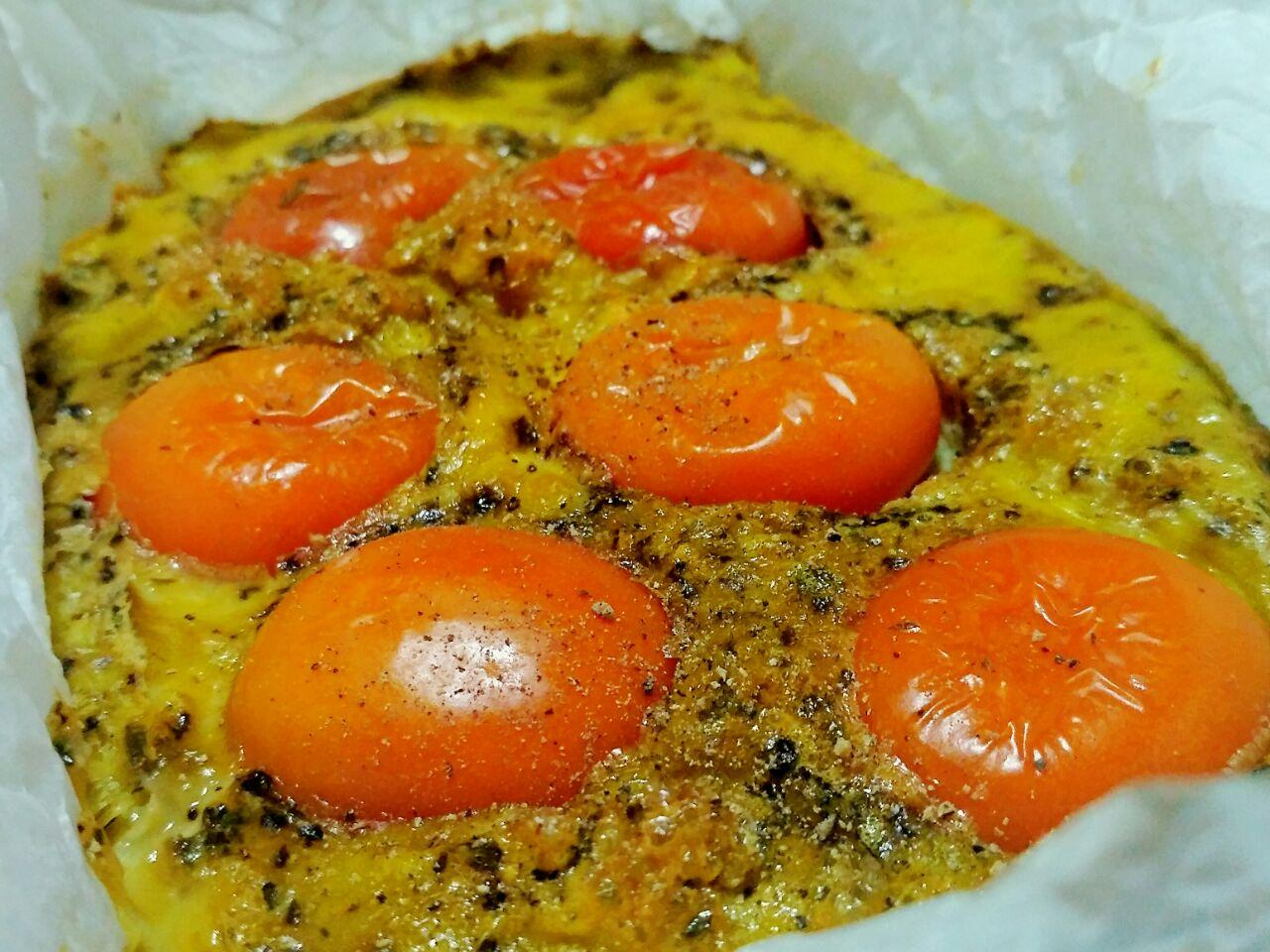 Frittata pomodorini e origano: senza burro e senza formaggio!