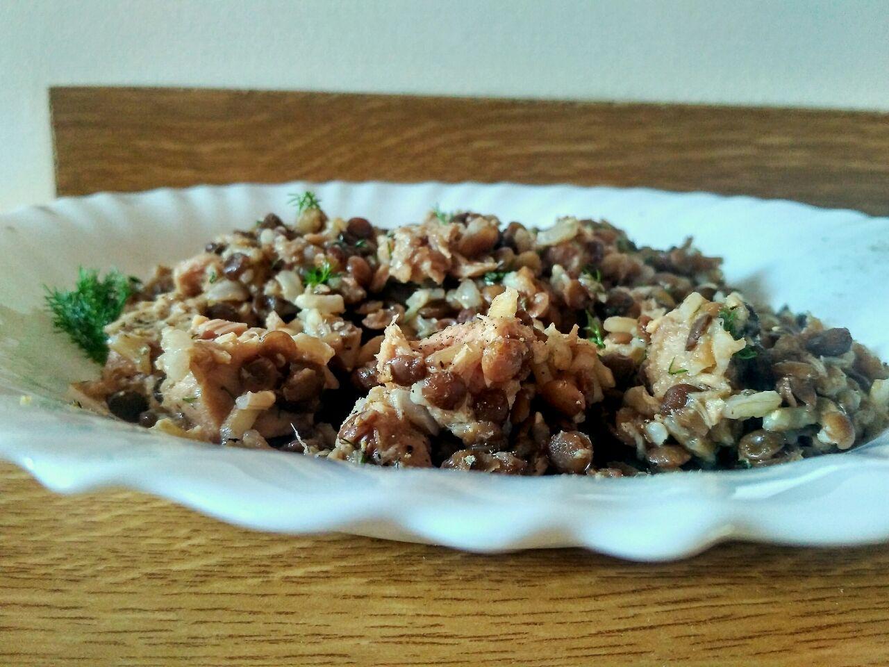 Piatti unici: riso thaibbonet integrale con tonno e lenticchie