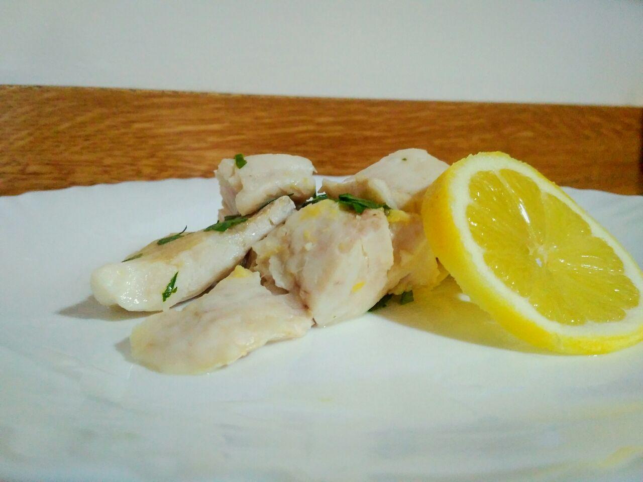 Secondi piatti: merluzzo al limone in padella, leggero e gustoso!