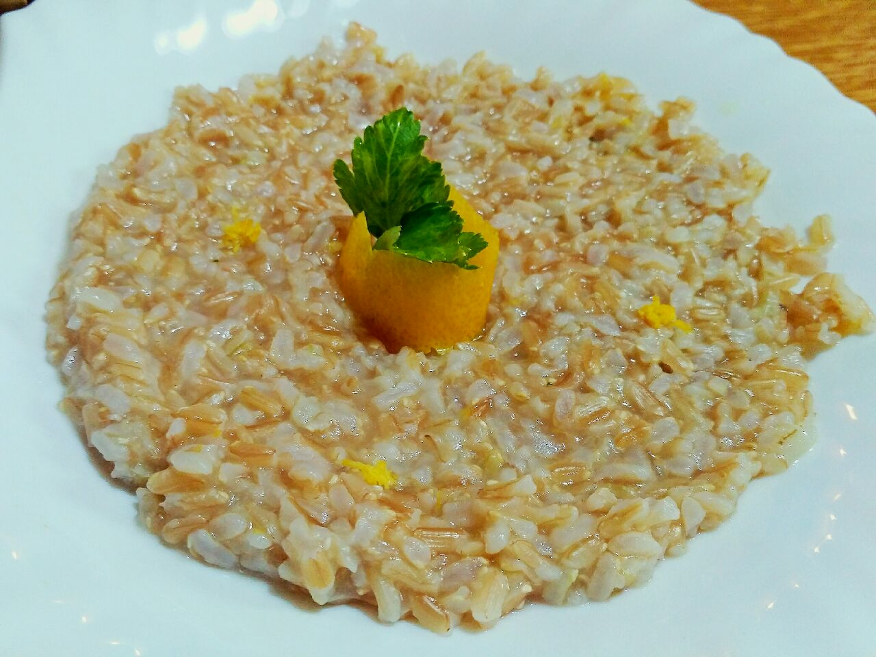 Primi piatti vegani: riso thaibbonet integrale al limone