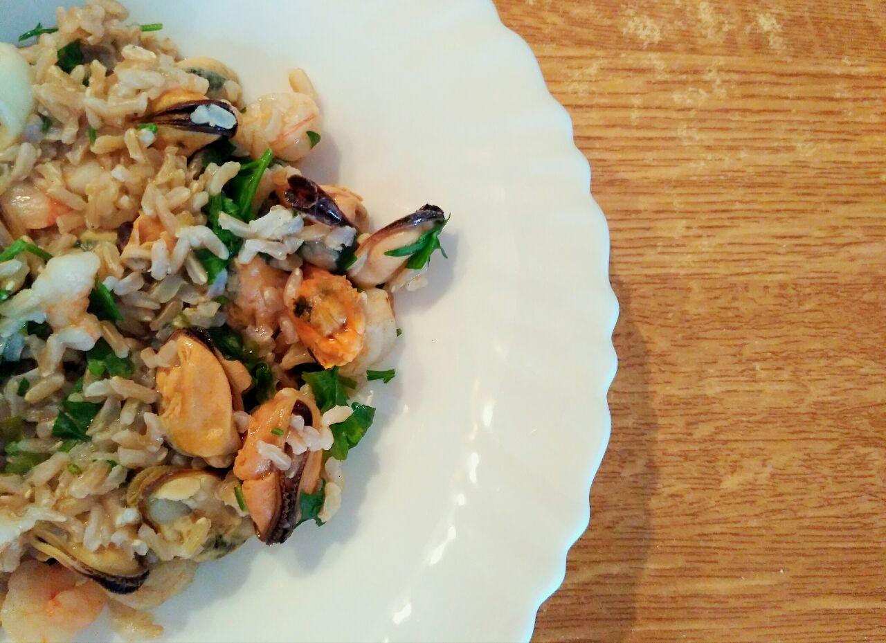 Primi a base di pesce: riso integrale thaibbonet con cozze e gamberetti, leggero e senza glutine!