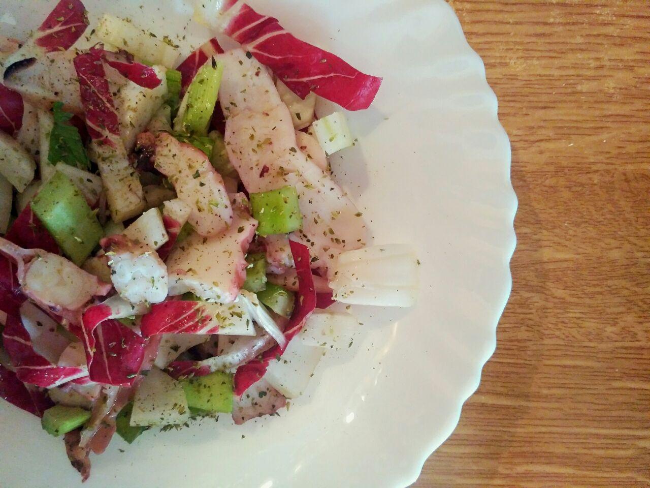Ricette light: insalata di totano, radicchio, sedano e finocchi!