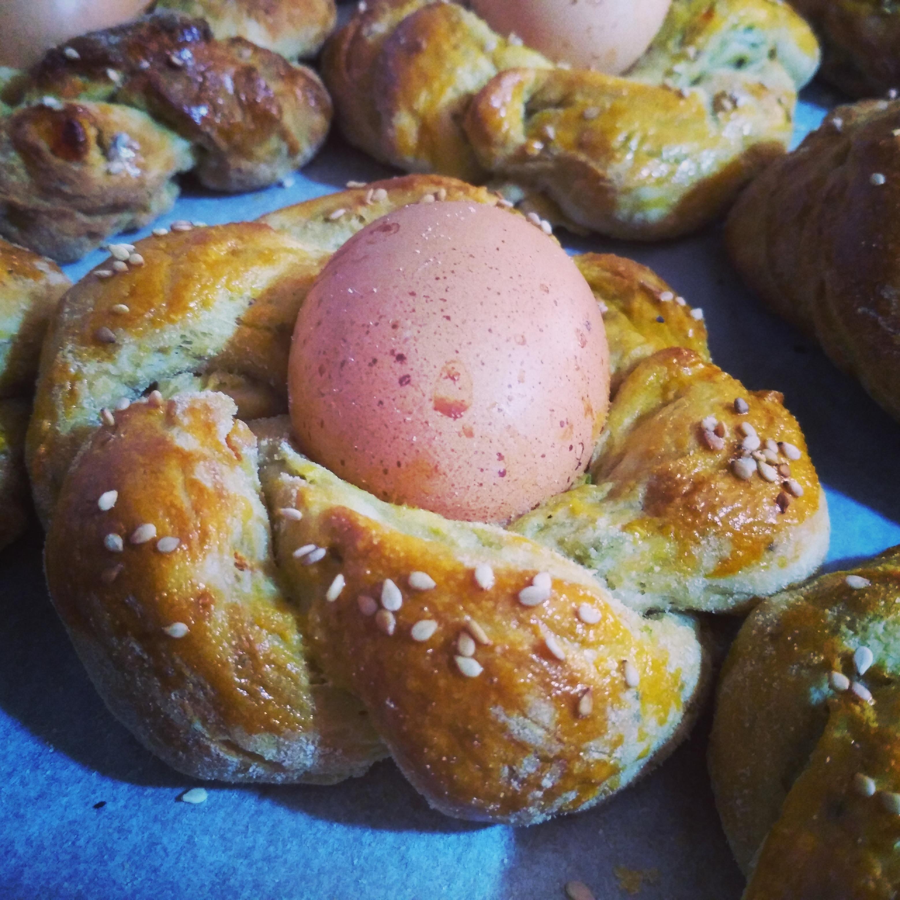 Trecce salate con uova senza lattosio e senza formaggio
