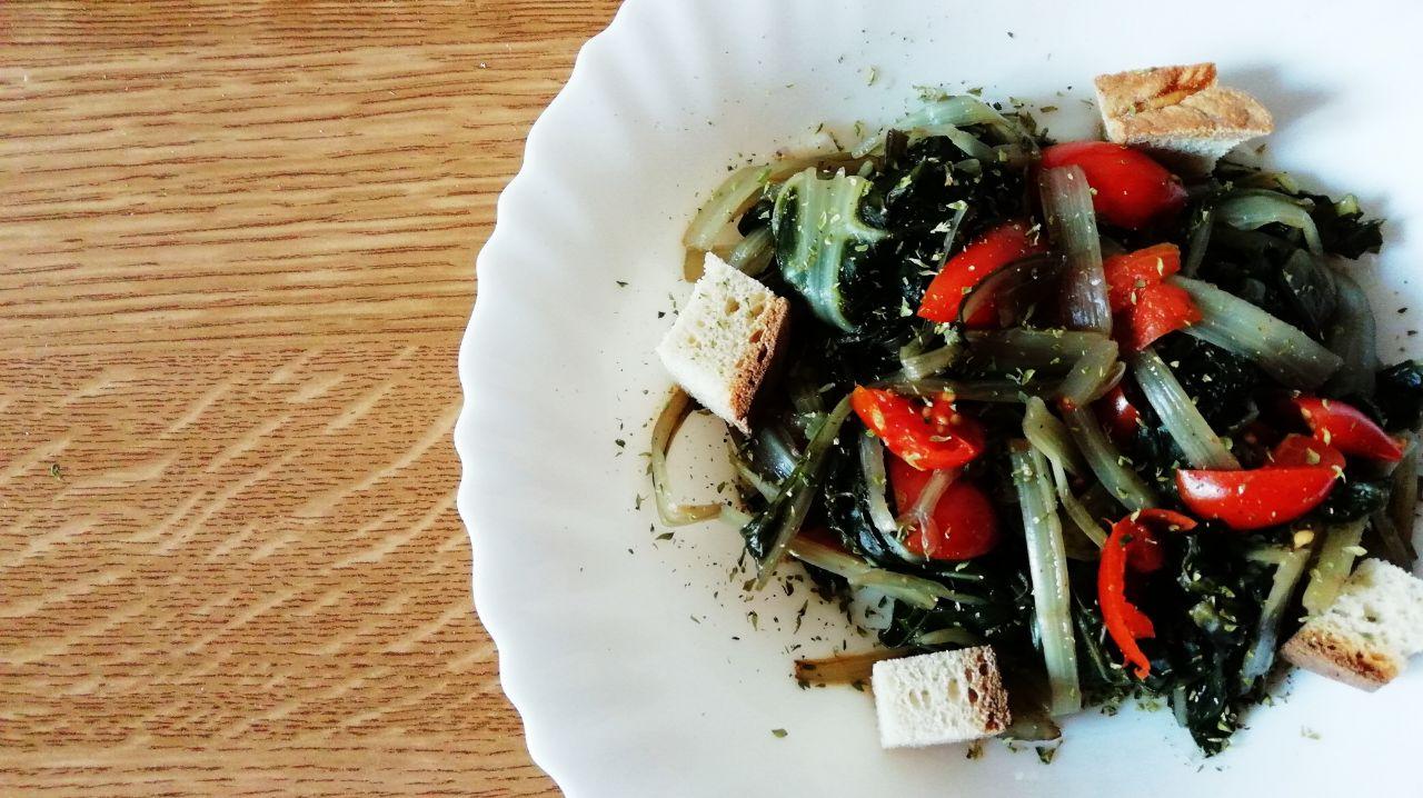Contorni di verdure: bietole ai pomodorini!