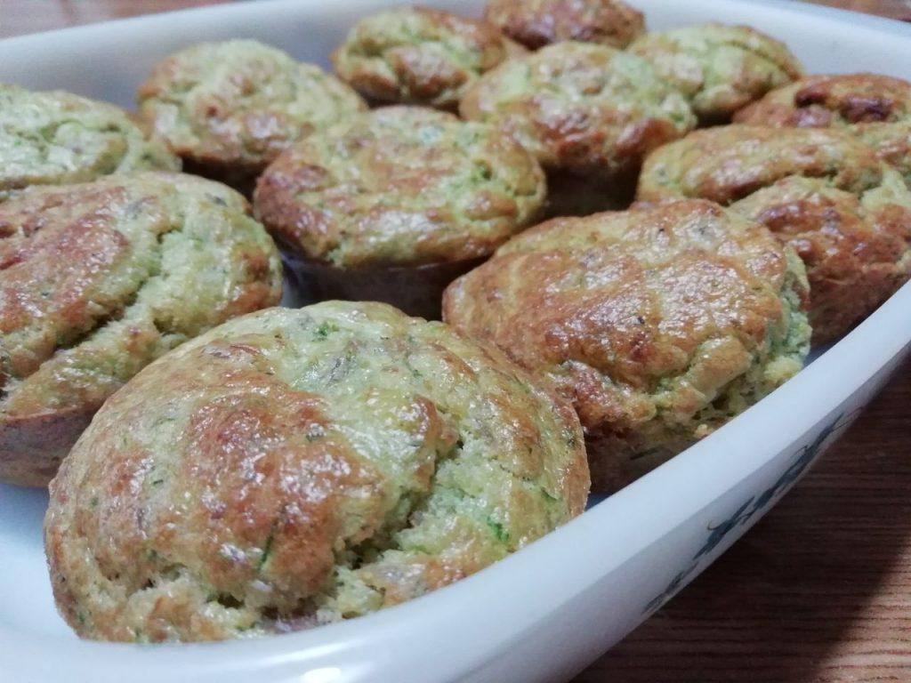 Finger food: muffin tonno e zucchine, senza burro e senza formaggio!