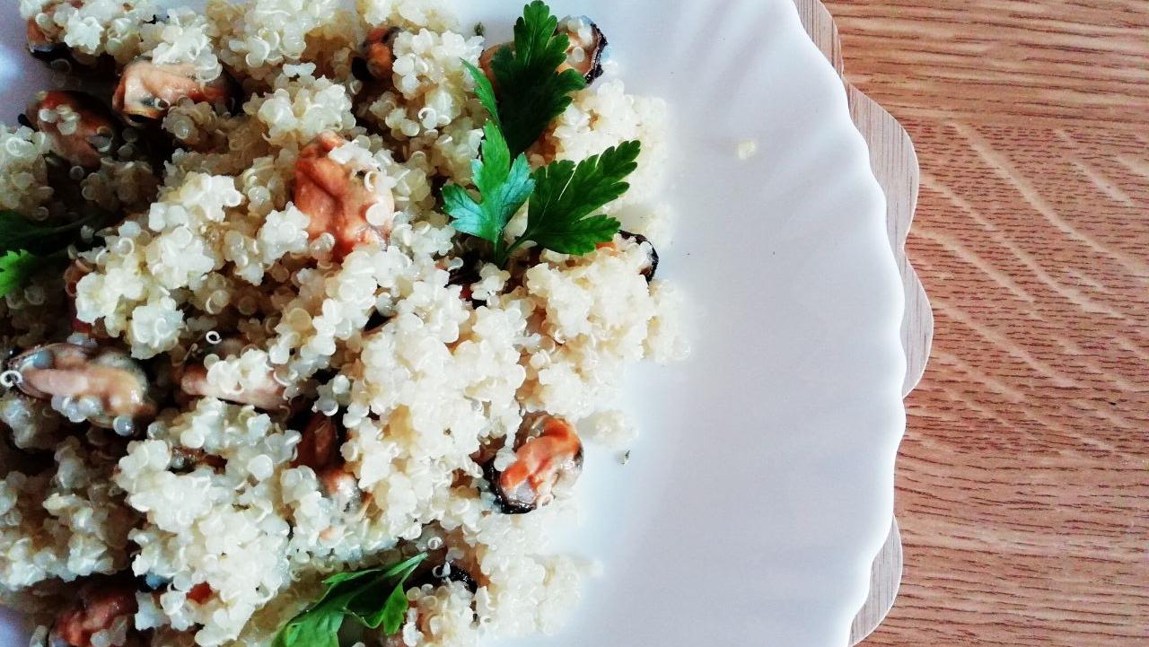 Primi piatti leggeri: quinoa integrale con cozze!