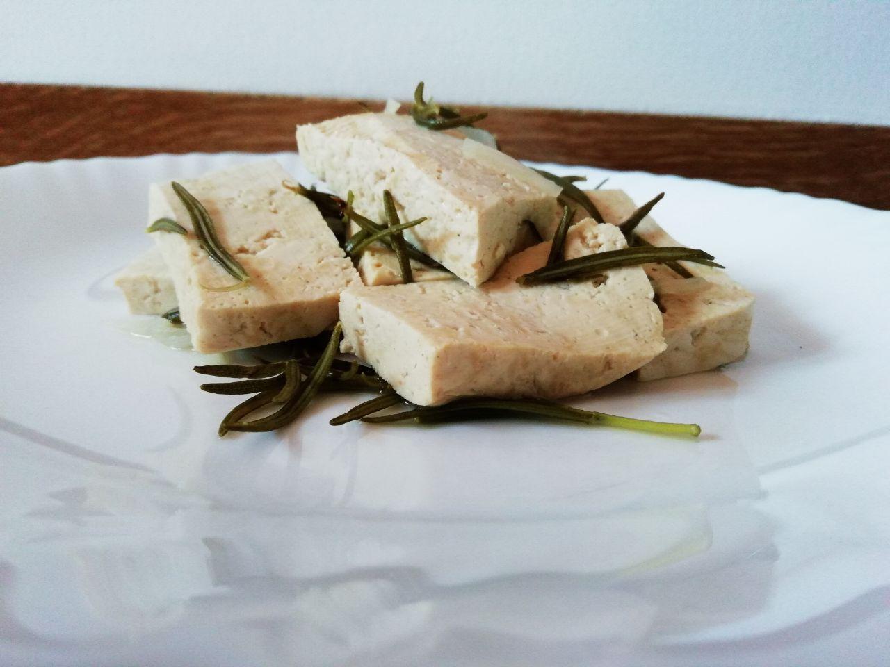 Ricette vegetariane: tofu al rosmarino!