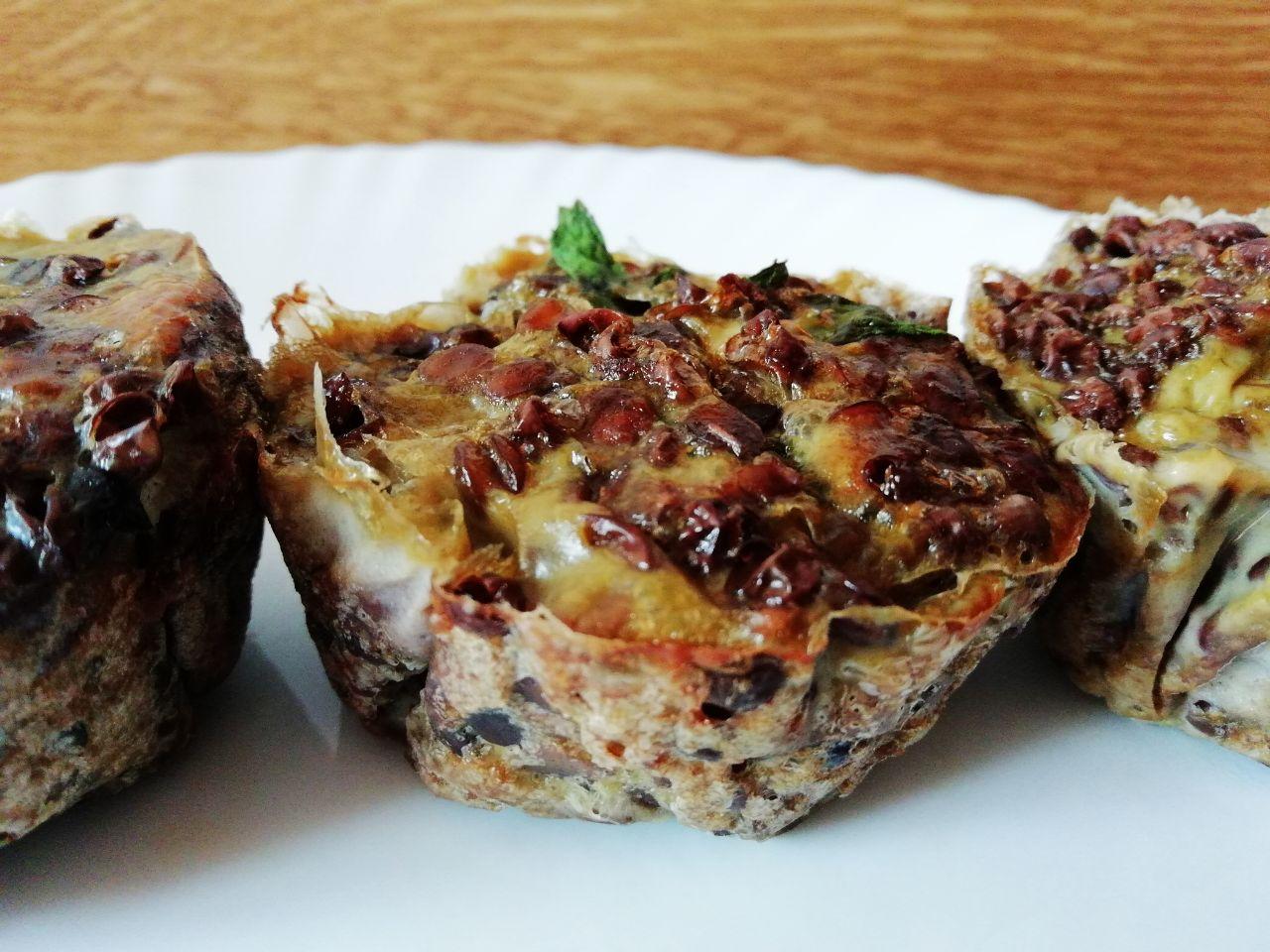 Piatti unici: tortini di lenticchie al vapore, senza formaggio e senza burro!