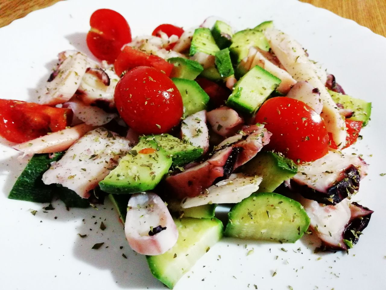 Piatti a base di pesce: insalata di totano, zucchine e pomodorini!