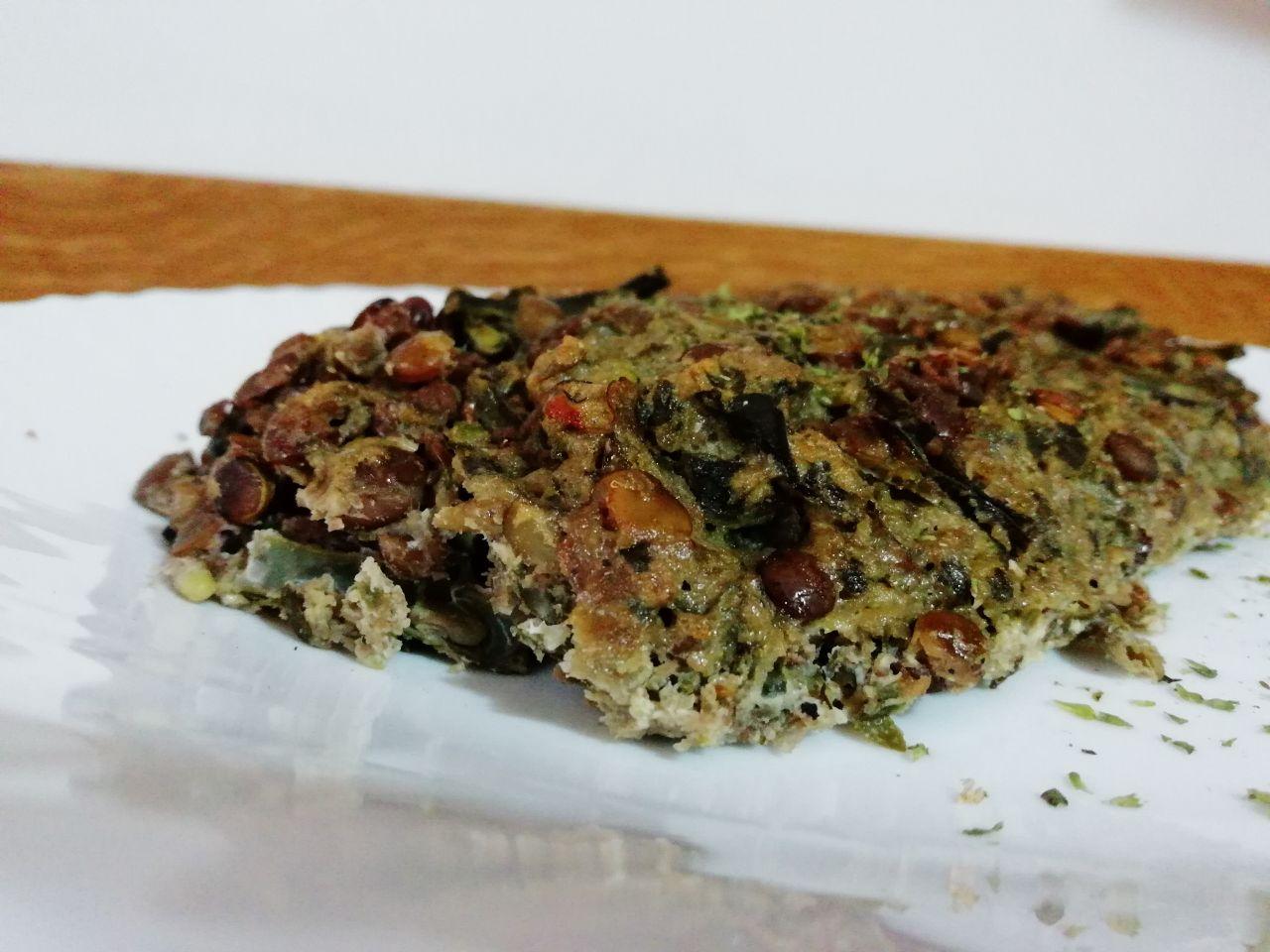 Ricette vegetariane: polpettone di lenticchie e fagiolini, senza formaggio e senza burro!