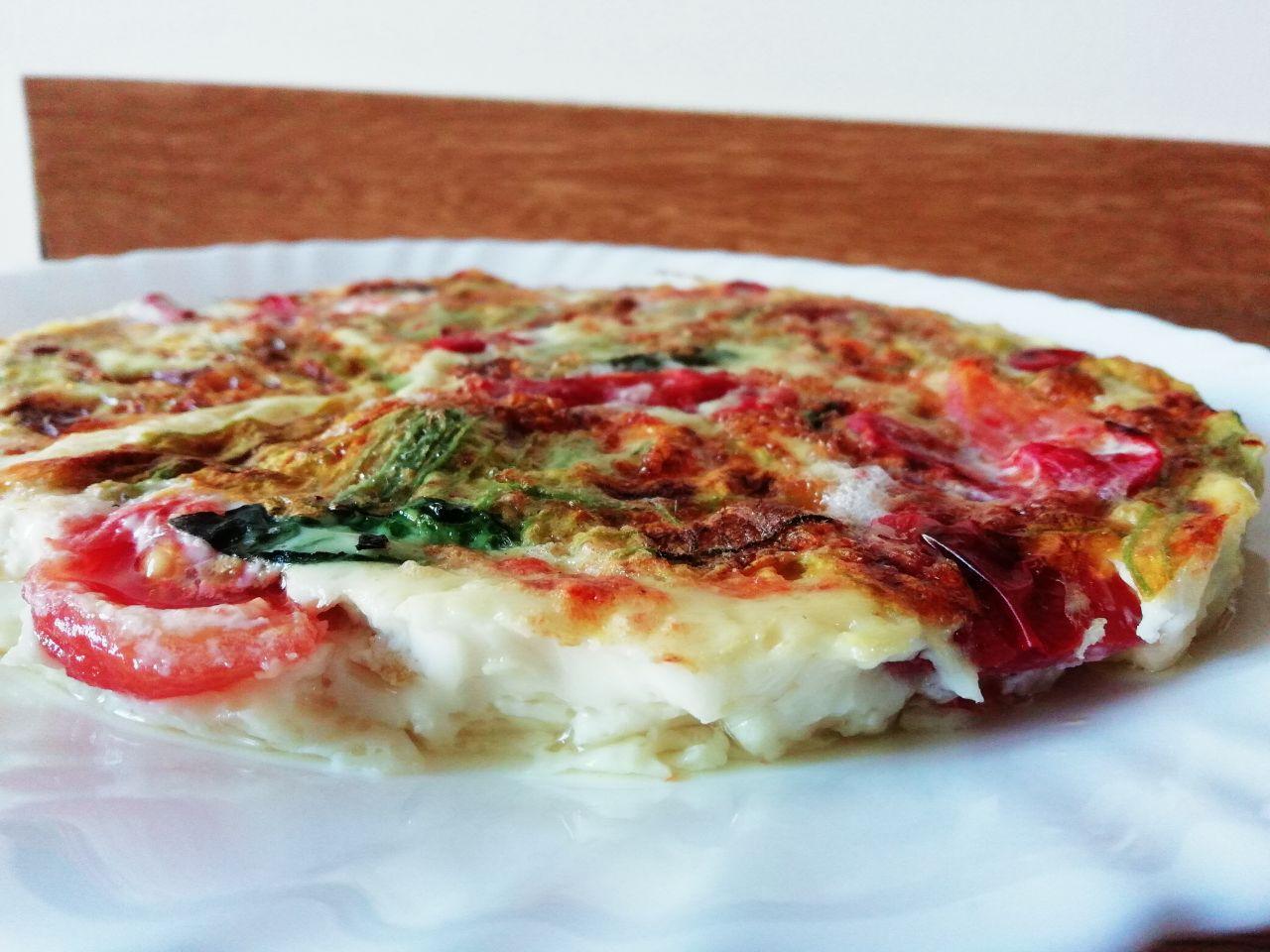 Ricette economiche: frittata al vapore di fiori zucchine e pomodori!