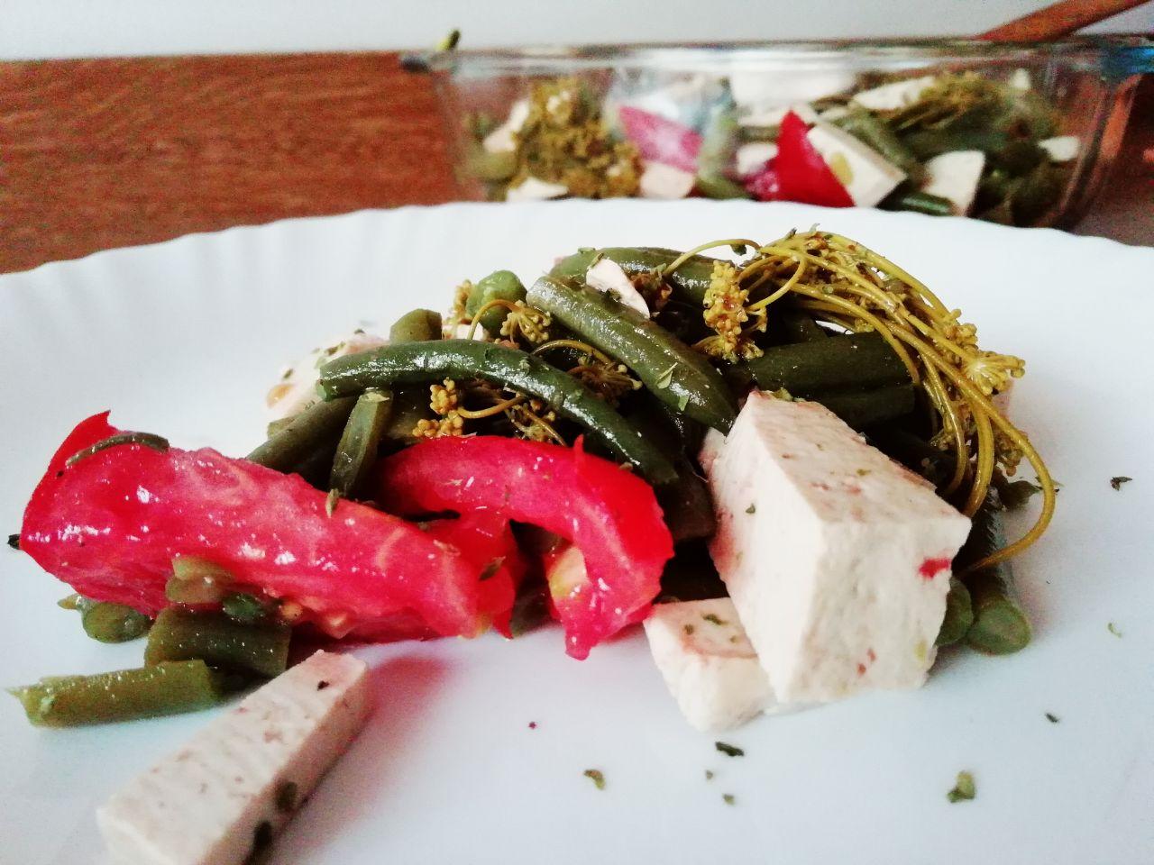 Ricette estive: insalata di fagiolini e tofu con erbe aromatiche estive!