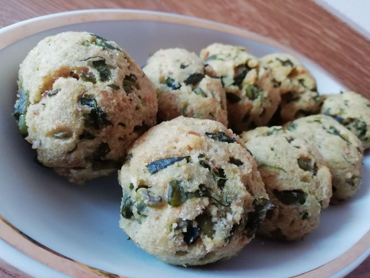 Antipasti a base di verdure: polpette di fagiolini e pane grattugiato, senza formaggio!