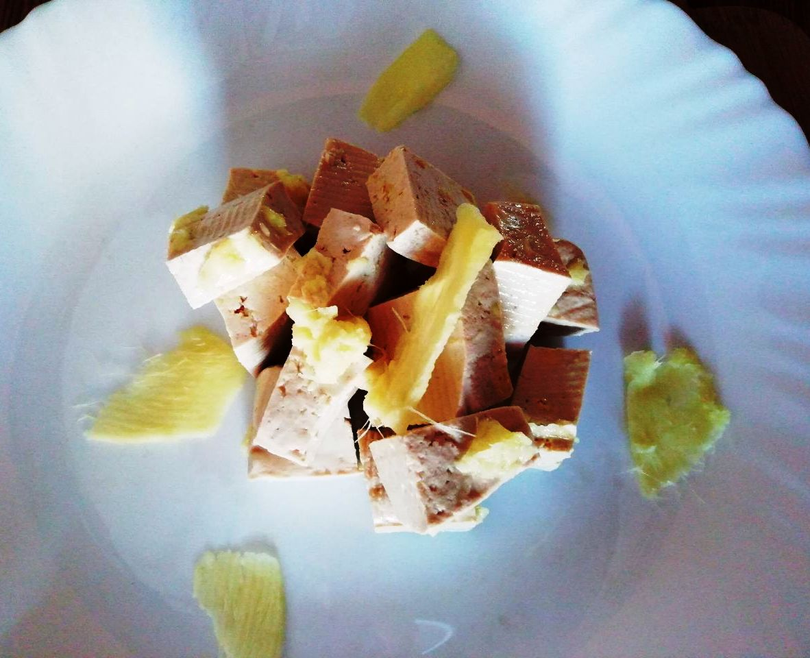 Ricette vegetariane semplici: tofu allo zenzero fresco!