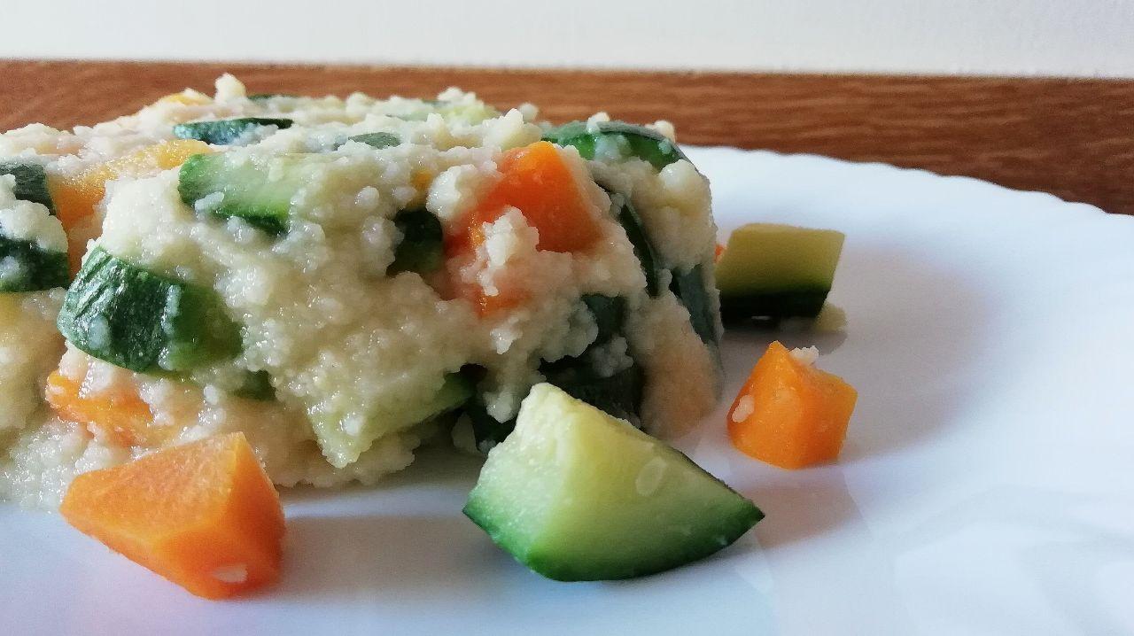 Primi piatti leggeri e senza glutine: cous cous di mais e riso con zucchine e carote!