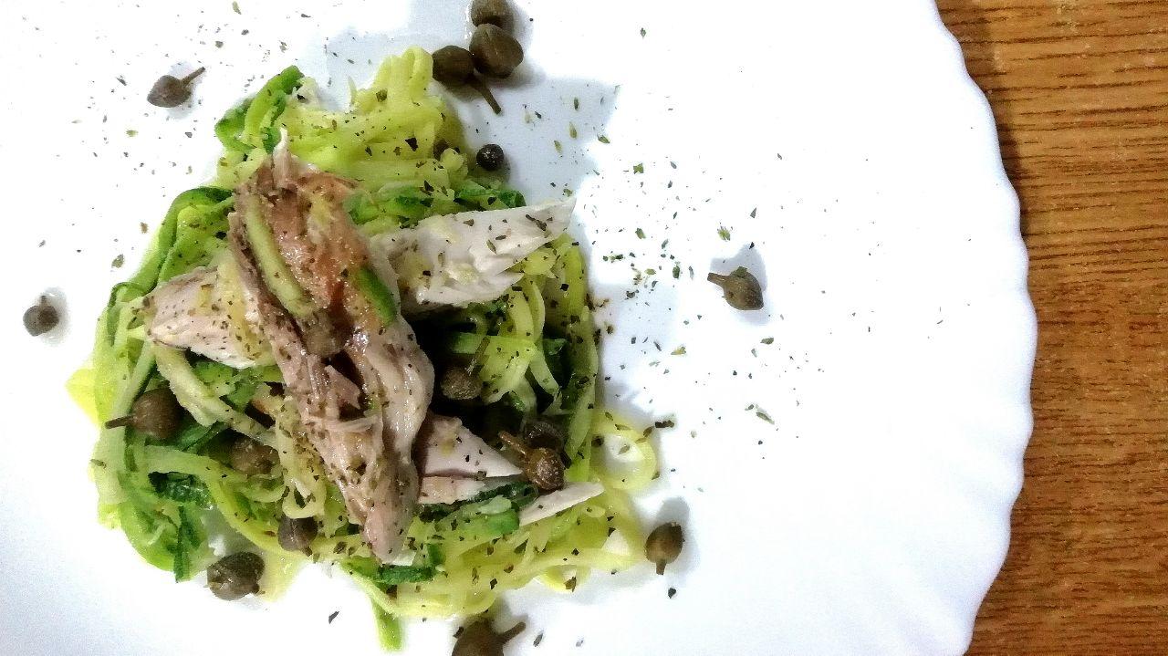 Secondi piatti a base di pesce: sgombro alla griglia e zucchine!