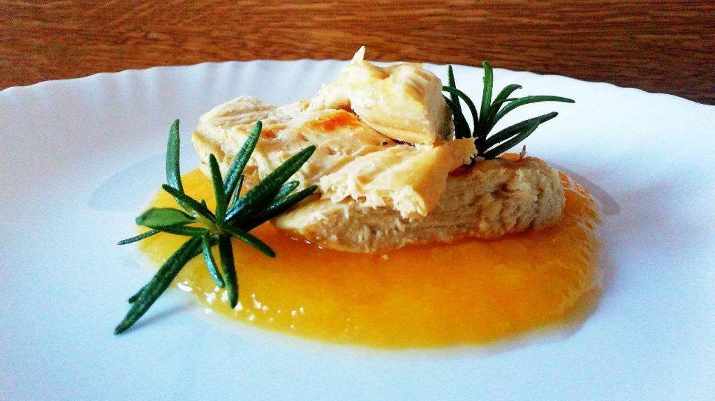 Secondi piatti a base di carne: pollo ruspante grigliato su crema di zucca e rosmarino!