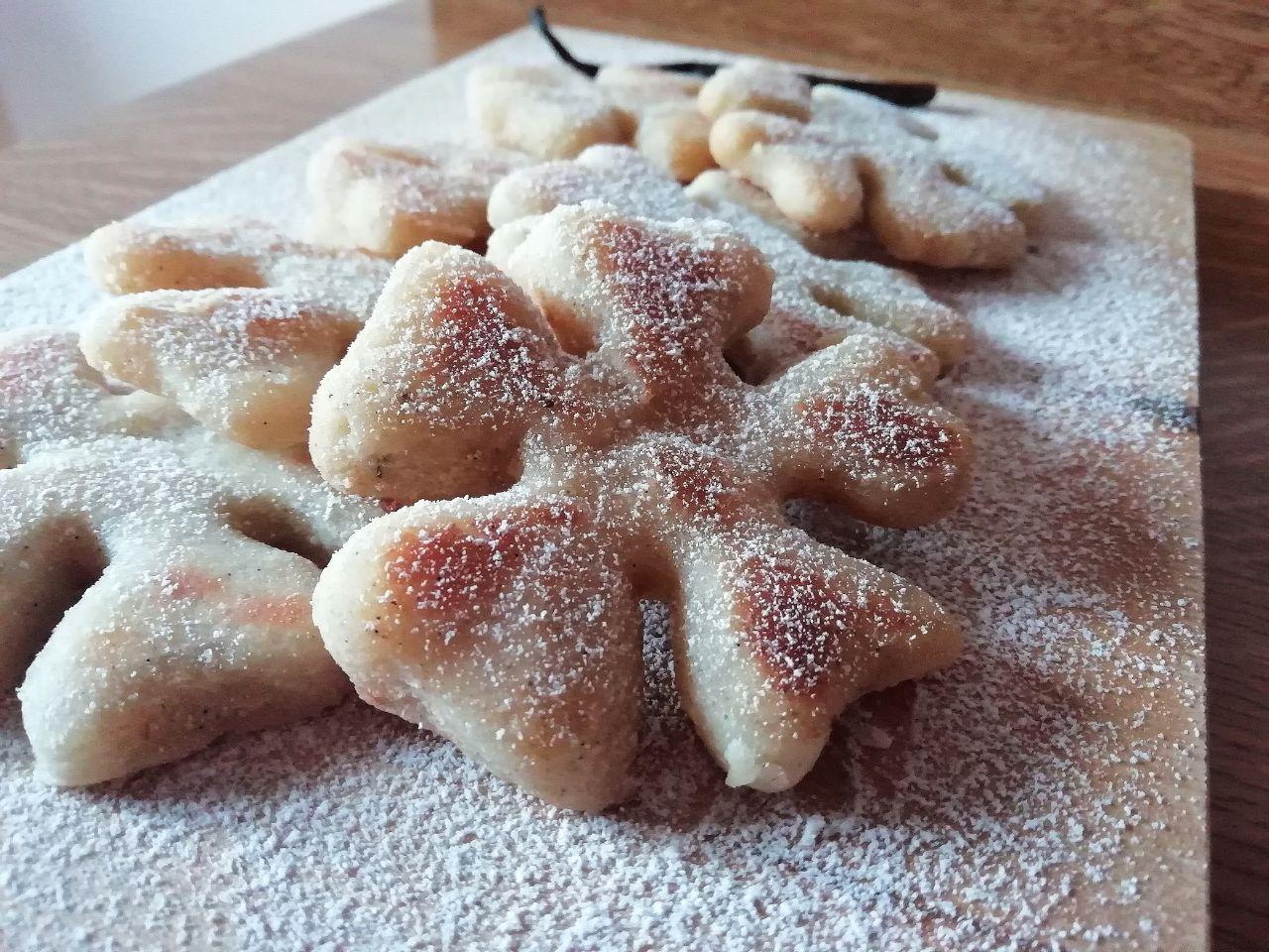 Dolci facili, leggeri e senza glutine: biscotti cannella e vaniglia, senza burro e senza uova!