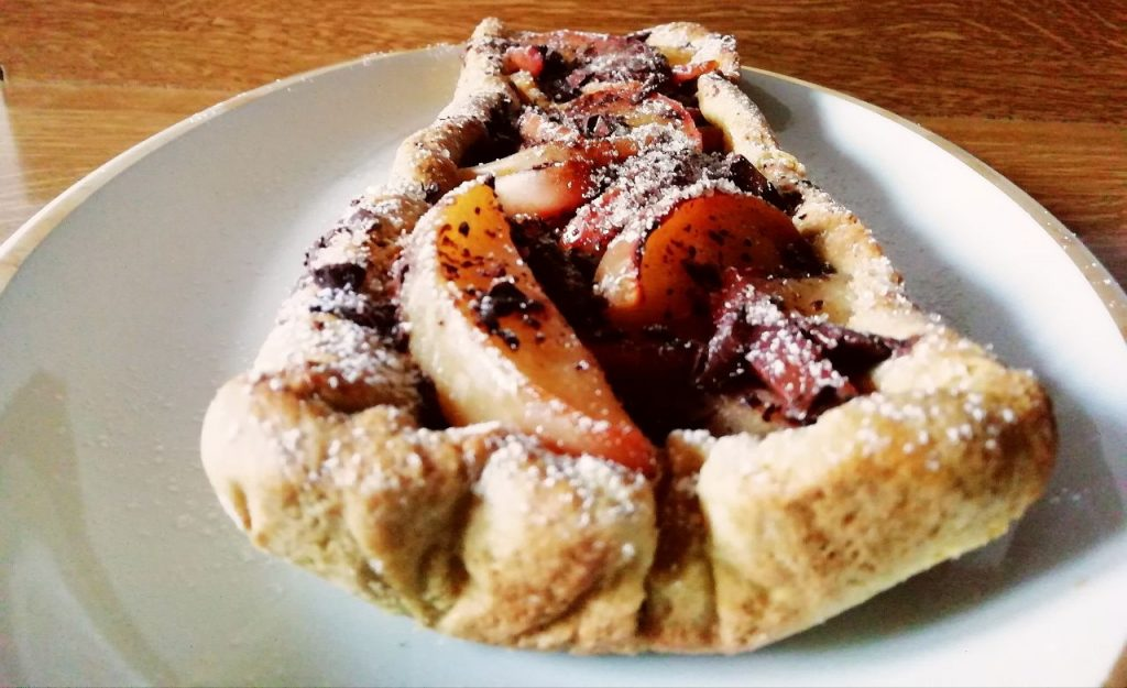 Dolci senza burro senza uova e senza lattosio: crostata con mele renette e cioccolato fondente!