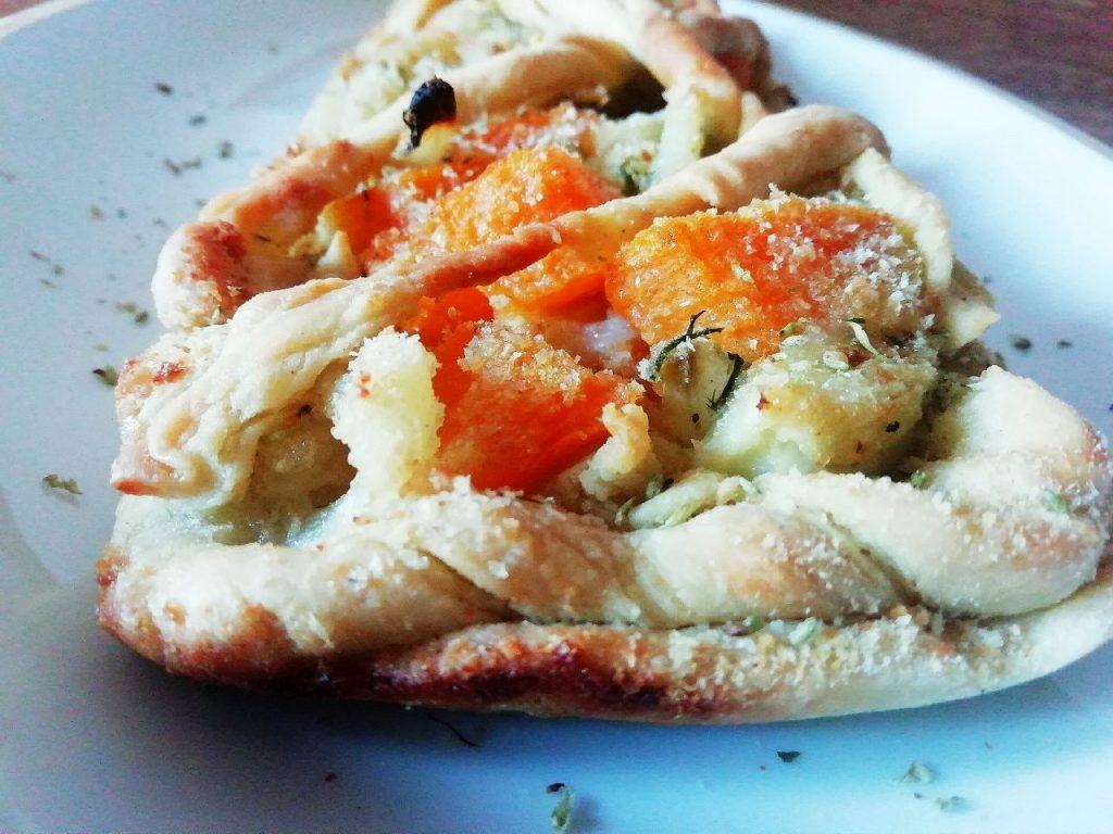 Antipasti a base di verdure: crostata salata con finocchi zucca e aneto senza uova senza burro e senza lattosio!