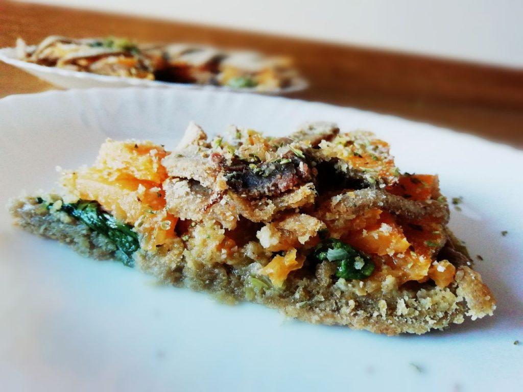 Antipasti a base di verdure senza uova senza burro e senza formaggio: crostata salata con farina integrale zucca scarola e filetti di alici!