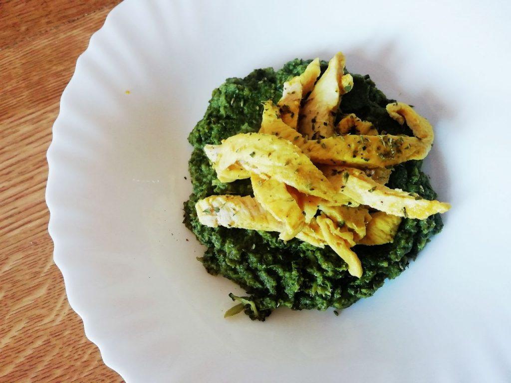 Secondi piatti a base di carne: straccetti di pollo alla curcuma light senza burro e senza lattosio!