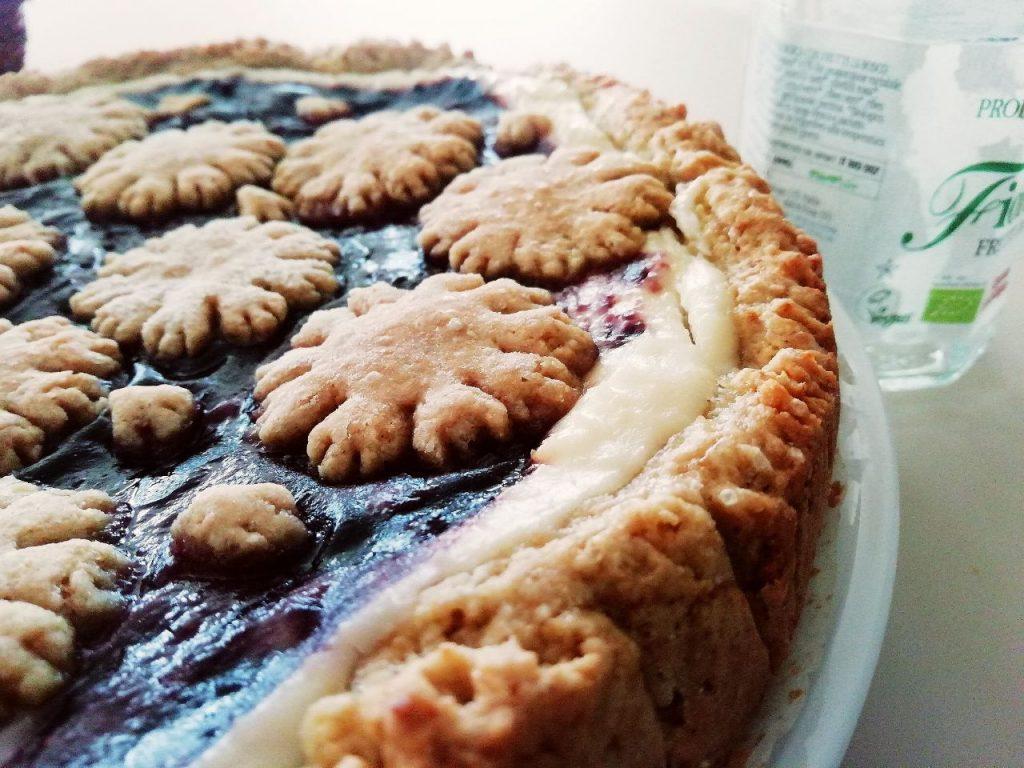 Dolci senza burro facili e veloci: crostata con ricotta marmellata ai frutti di bosco e zucchero di canna!