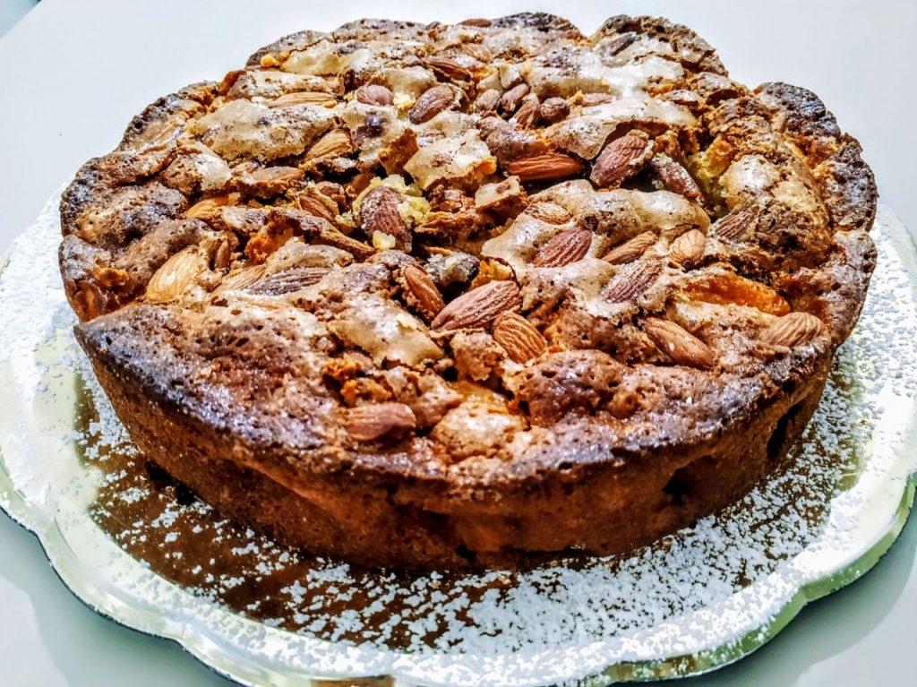 Dolci semplici e leggeri senza burro: torta di mele con zucchero di canna mandorle e olio evo!