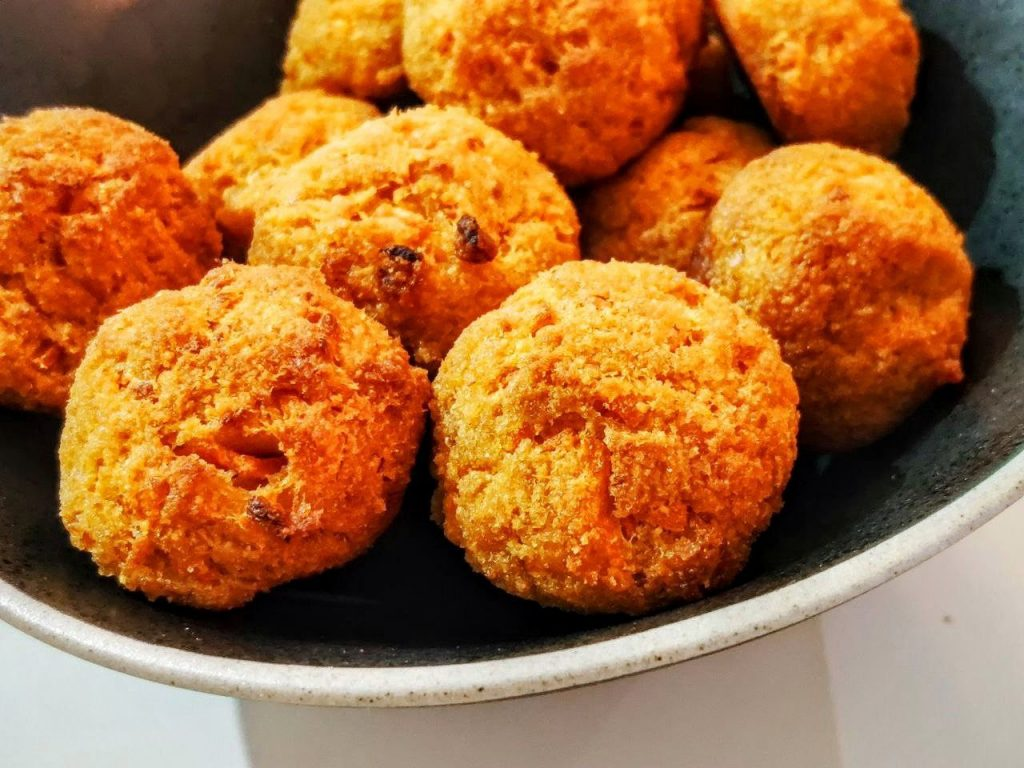 Polpette di zucca e salmone al forno senza burro e senza formaggio